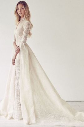 50 Simple Glam Victorian Neck Style Bridal Dresses Ideas 26