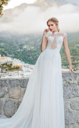 50 Simple Glam Victorian Neck Style Bridal Dresses Ideas 31