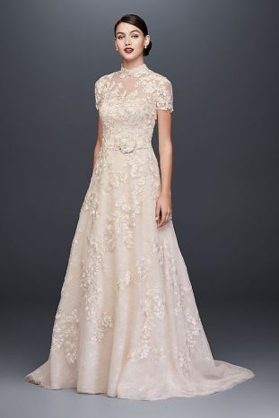 50 Simple Glam Victorian Neck Style Bridal Dresses Ideas 44