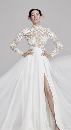 50 Simple Glam Victorian Neck Style Bridal Dresses Ideas 49