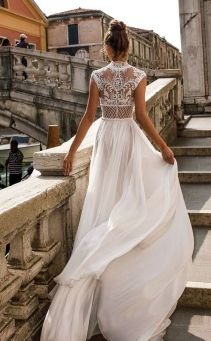 50 Simple Glam Victorian Neck Style Bridal Dresses Ideas 9