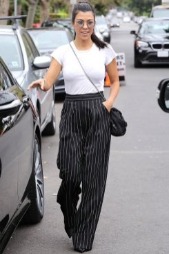 50 Ways to Wear Perfect Black and White in Fashion Ideas 4