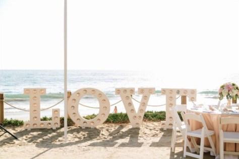 60 Beach Wedding Themed Ideas 11