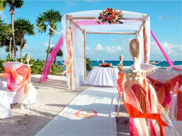 60 Beach Wedding Themed Ideas 34