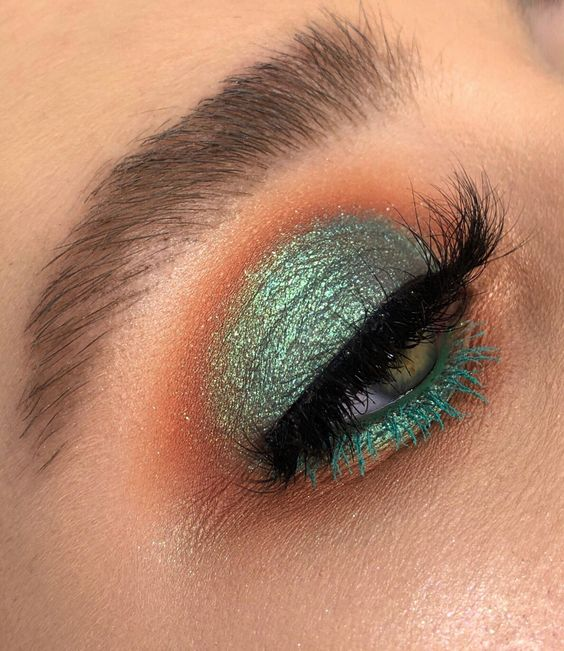 40 Green Eyeshadow Looks Ideas 16