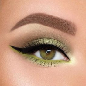 40 Green Eyeshadow Looks Ideas 20