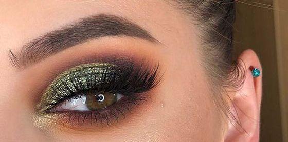 40 Green Eyeshadow Looks Ideas 21