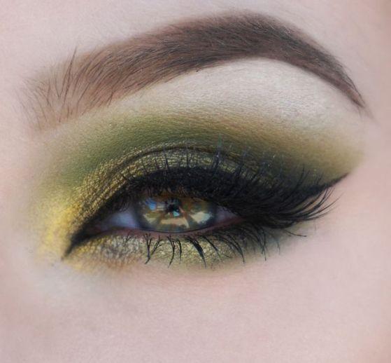 40 Green Eyeshadow Looks Ideas 28