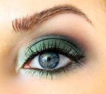 40 Green Eyeshadow Looks Ideas 41