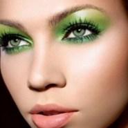 40 Green Eyeshadow Looks Ideas 43