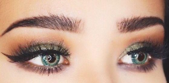 40 Green Eyeshadow Looks Ideas 7
