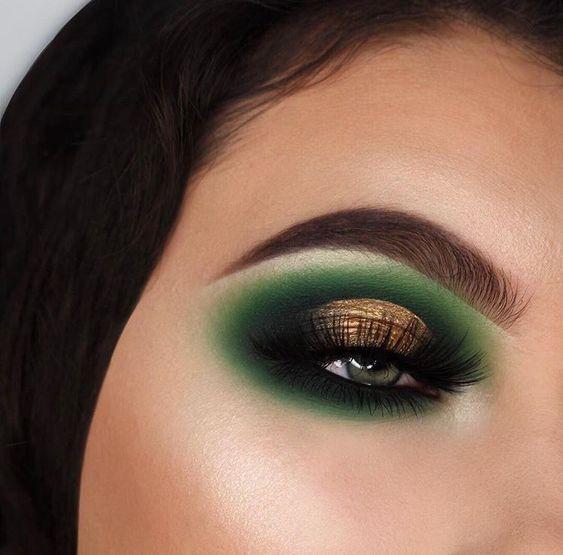 40 Green Eyeshadow Looks Ideas 8