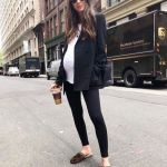 40 How to Look Stylish for Pregnant Women Ideas 8