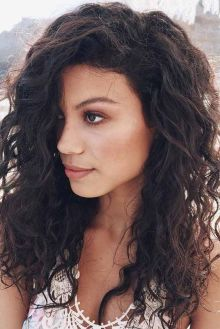 40 Loose Curly Natural Hairstyle Ideas 15