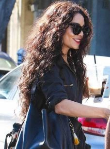 40 Loose Curly Natural Hairstyle Ideas 3