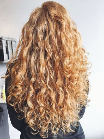 40 Loose Curly Natural Hairstyle Ideas 36