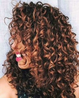 40 Loose Curly Natural Hairstyle Ideas 37