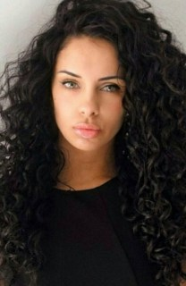40 Loose Curly Natural Hairstyle Ideas 39