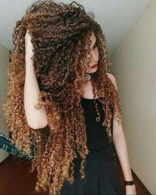 40 Loose Curly Natural Hairstyle Ideas 42