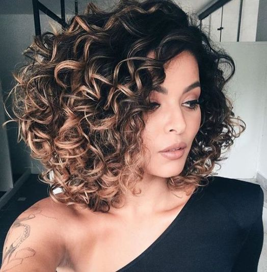 40 Loose Curly Natural Hairstyle Ideas 7