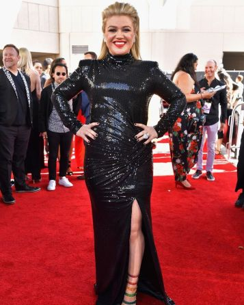 40 The Looks You Need to See From Billboard Music Awards 2019 Red Carpet 26