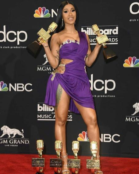 40 The Looks You Need to See From Billboard Music Awards 2019 Red Carpet 30