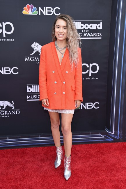 40 The Looks You Need to See From Billboard Music Awards 2019 Red Carpet 39