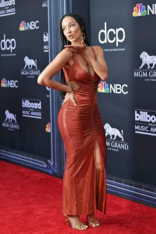 40 The Looks You Need to See From Billboard Music Awards 2019 Red Carpet 9
