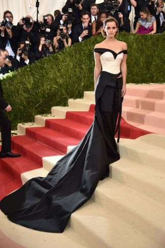 50 Adorable Met Gala Celebrities Fashion 18