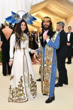 50 Adorable Met Gala Celebrities Fashion 2