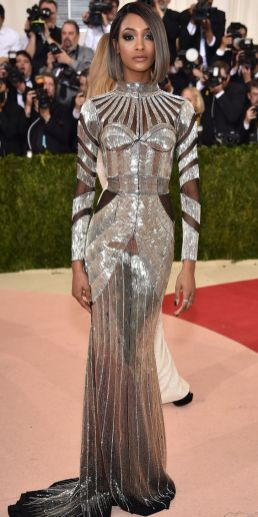 50 Adorable Met Gala Celebrities Fashion 31