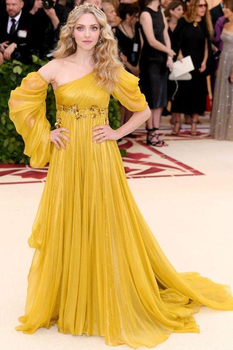 50 Adorable Met Gala Celebrities Fashion 33