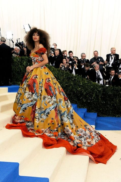 50 Adorable Met Gala Celebrities Fashion 38