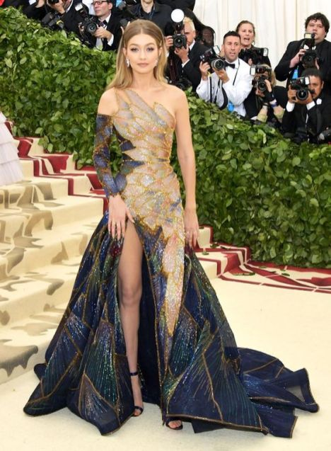 50 Adorable Met Gala Celebrities Fashion 52