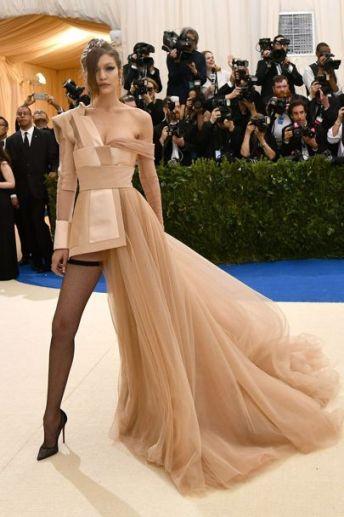 50 Adorable Met Gala Celebrities Fashion 6