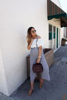 50 Comfy and Stylish Maternity Outfits Street Style Looks 15