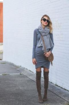 50 Comfy and Stylish Maternity Outfits Street Style Looks 16