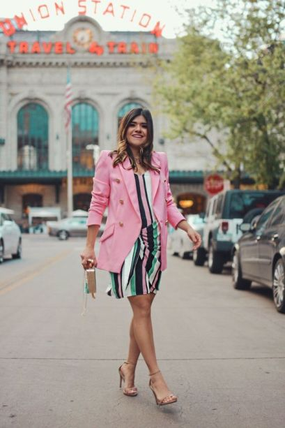 50 Comfy and Stylish Maternity Outfits Street Style Looks 55