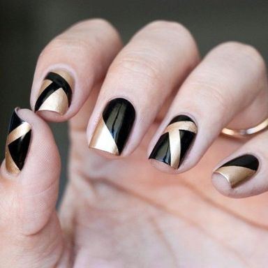 50 Glam Gold Girly Nail Art Looks Ideas 16