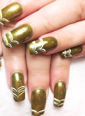 50 Glam Gold Girly Nail Art Looks Ideas 26