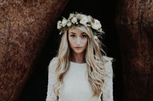 50 Natural Loose Hairstyle Looks for Brides Ideas 11