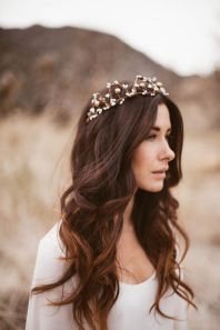 50 Natural Loose Hairstyle Looks for Brides Ideas 16