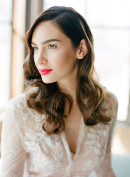 50 Natural Loose Hairstyle Looks for Brides Ideas 39