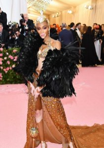 80 The Looks You Need to See From Met Gala 2019 13