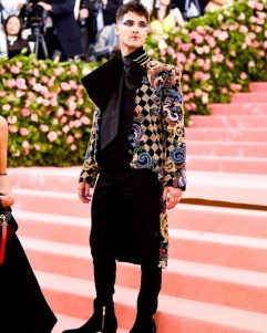 80 The Looks You Need to See From Met Gala 2019 14