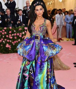 80 The Looks You Need to See From Met Gala 2019 38
