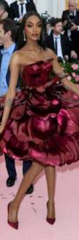 80 The Looks You Need to See From Met Gala 2019 4