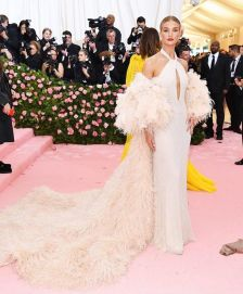 80 The Looks You Need to See From Met Gala 2019 42