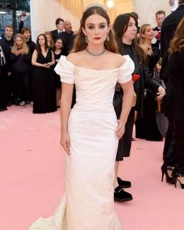 80 The Looks You Need to See From Met Gala 2019 56