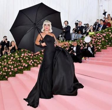 80 The Looks You Need to See From Met Gala 2019 69